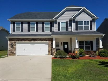 164 Creeks Edge Court, Clemmons, NC