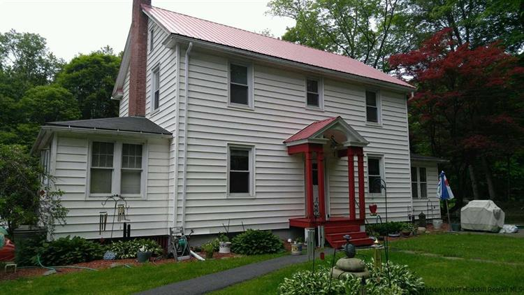 wawarsing singles 39 old mountain road wawarsing, ny 12489 $185,000 single family home for sale in wawarsing, ny for $185,000 with 5 bedrooms and 3 full baths, 1 half bath.