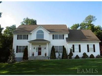 14 Meadow Crest Dr, Mahopac, NY
