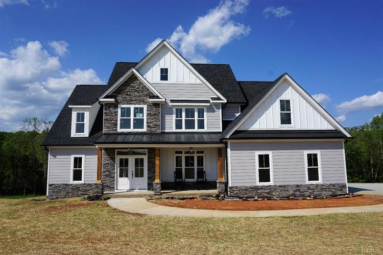 1356 West Crossing Drive, Forest, VA 24551
