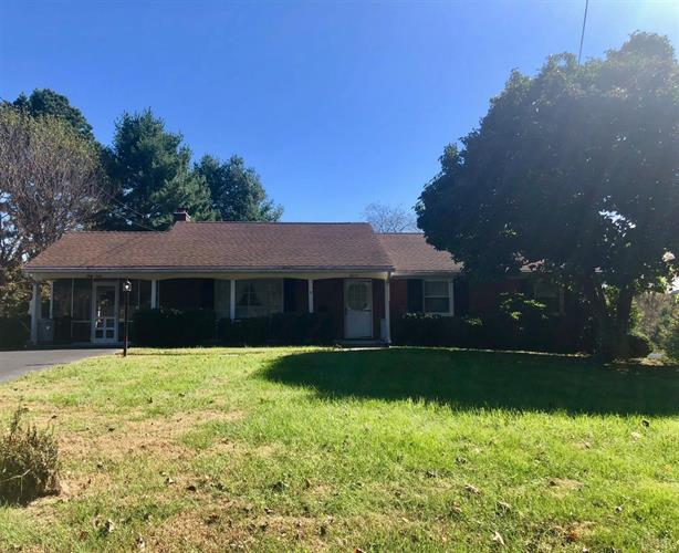 6012 Rhonda Road, Lynchburg, VA 24502