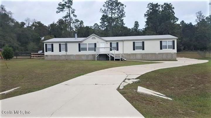 16160 NE 2nd Loop, Silver Springs, FL 34488 - Image 1