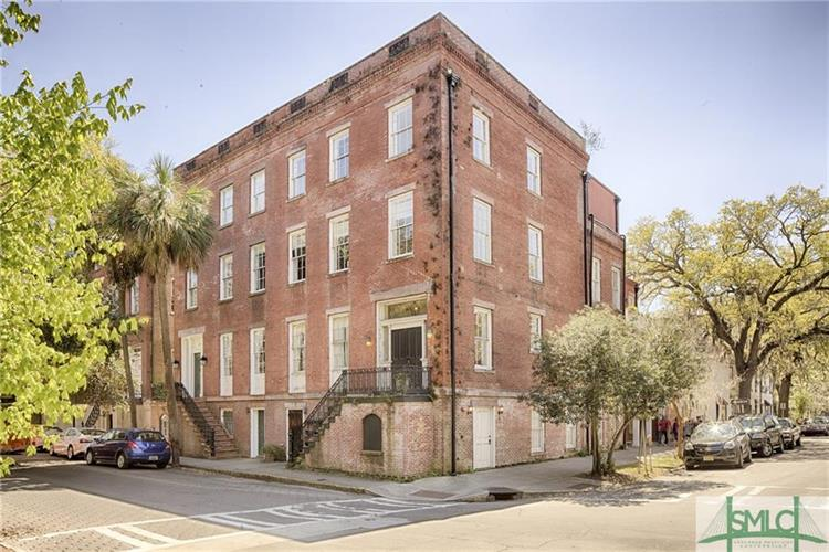 201 E York Street, Savannah, GA 31401
