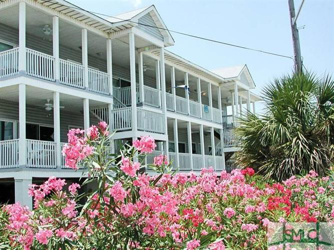 5 17th Place Place, Tybee Island, GA 31328