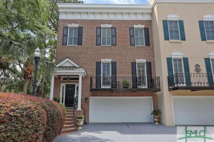 8 Paddington Circle, Savannah, GA 31410