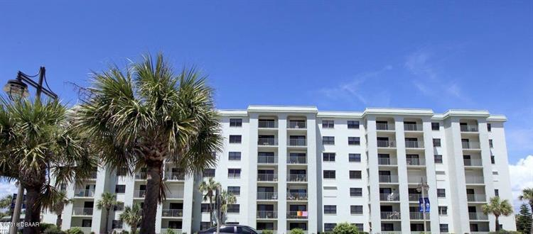 3800 Atlantic Avenue, Daytona Beach Shores, FL 32118