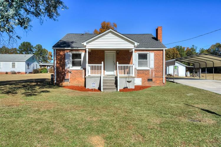 618 Railroad  Avenue, Mc Cormick, SC 29835 - Image 1