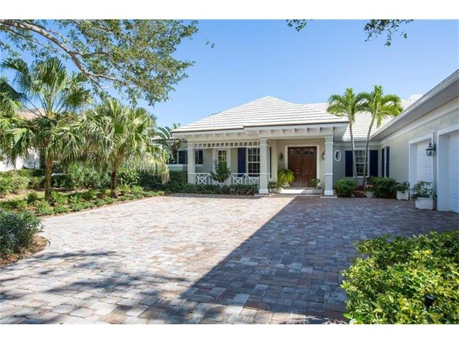 390 Indies Drive, Vero Beach, FL 32963