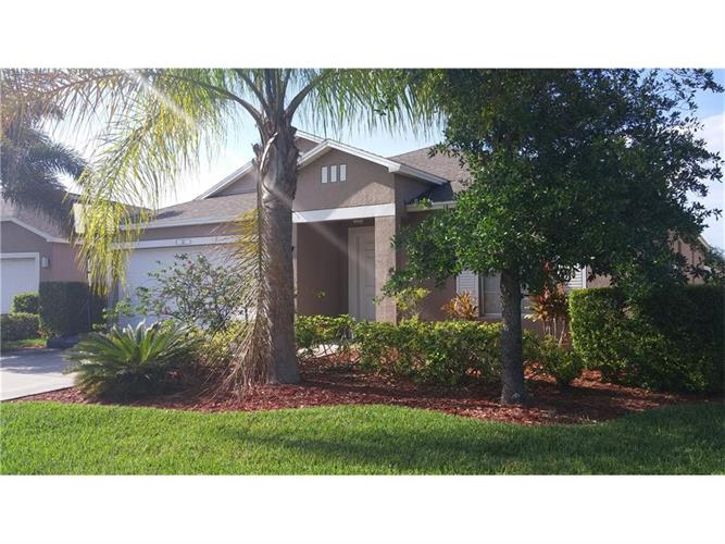 867 Green Leaf Circle, Vero Beach, FL 32960
