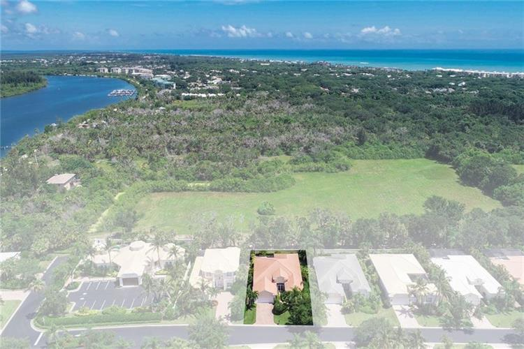 1233 W Island Club Square Vero Beach Fl For Sale Mls