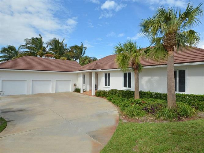 2120 Sanford Court, Vero Beach, FL 32963 - Image 1