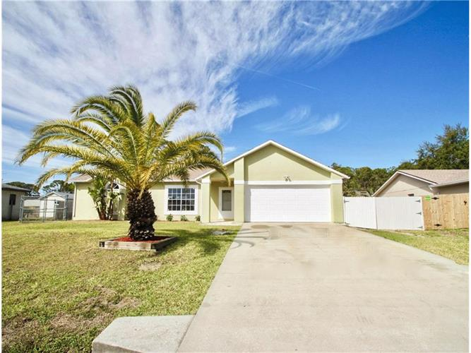822 Lamplighter Drive NW, Palm Bay, FL 32907