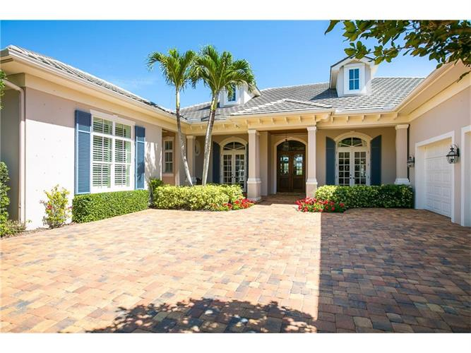 910 Orchid Point Way, Vero Beach, FL 32963