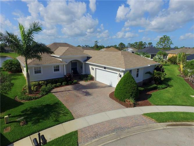 615 Mallow Scrub Way, Sebastian, FL 32958