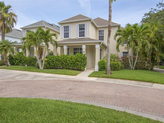 1344 Winding Oaks Circle W, Vero Beach, FL 32963 - Image 1