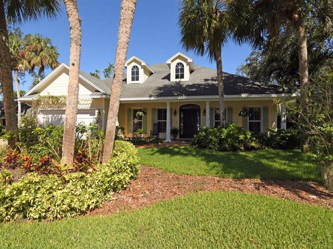615 Iris Lane, Vero Beach, FL 32963