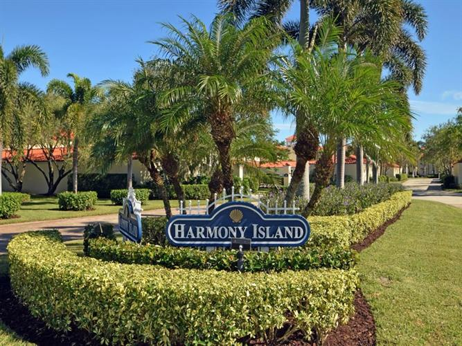 5030 Harmony Circle, Vero Beach, FL 32967