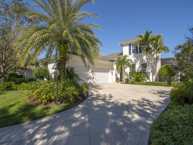 726 Hampton Woods Lane SW, Vero Beach, FL 32962 - Image 1