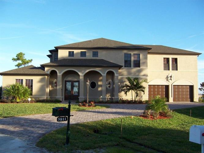 5811 NW Blue Bonnet Court, Port Saint Lucie, FL 34986