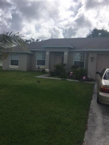 1850 SW Angelico Lane, Port Saint Lucie, FL 34984