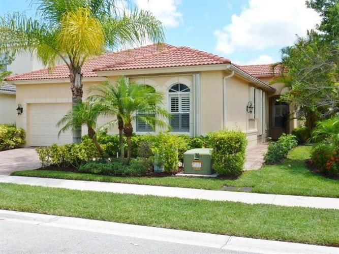 118 Casa Grande Court, Palm Beach Gardens, FL 33418