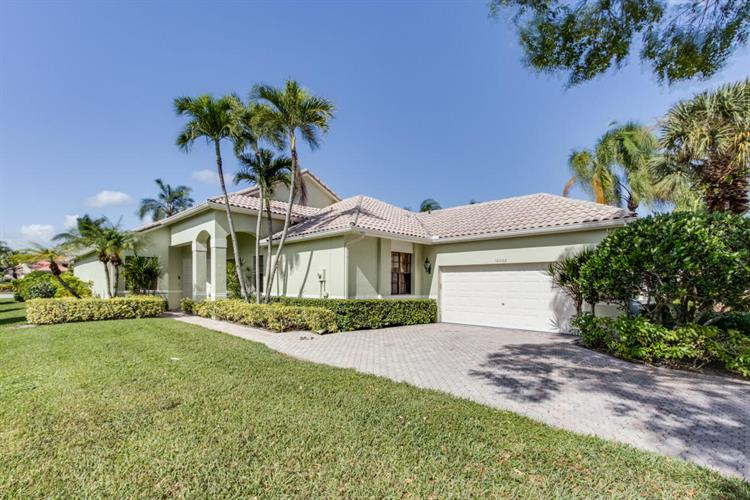 10060 Dover Carriage Lane, Wellington, FL 33449