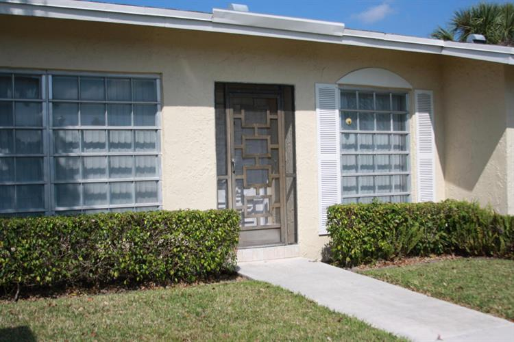 13893 Via Aurora, Delray Beach, FL 33484
