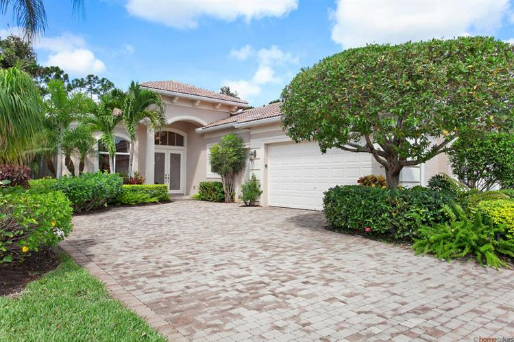 206 Porto Vecchio Way, Palm Beach Gardens, FL 33418