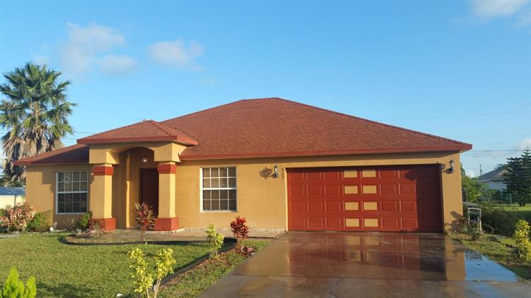 597 NW Salina Terrace, Port Saint Lucie, FL 34983