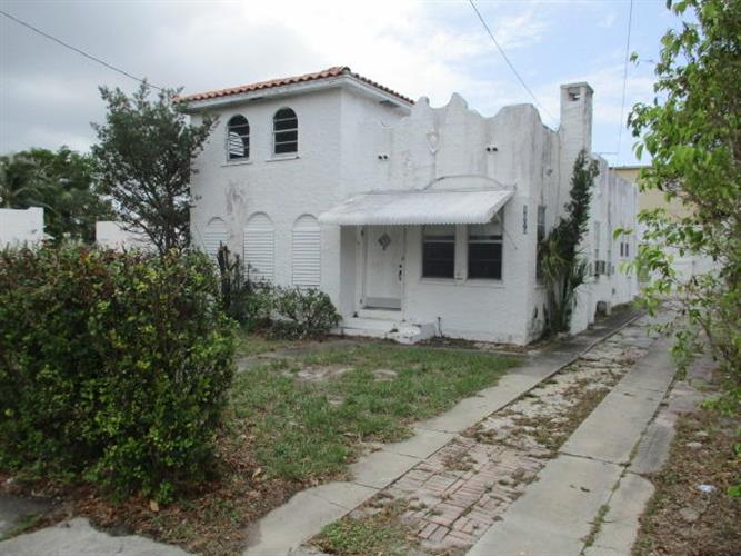 4009 Garden Avenue, West Palm Beach, FL 33405