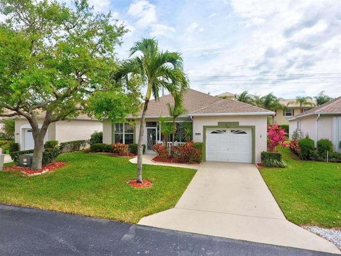 525 NW Portofino Lane, Port Saint Lucie, FL 34986