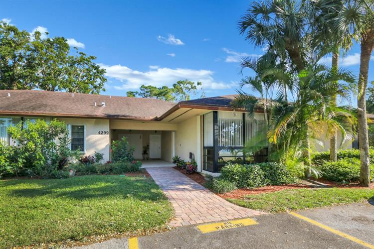 4299 Wood Ride, Boynton Beach, FL 33436