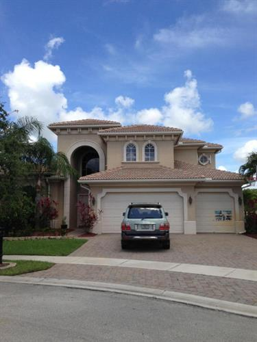 809 Montclaire Court, Royal Palm Beach, FL 33411