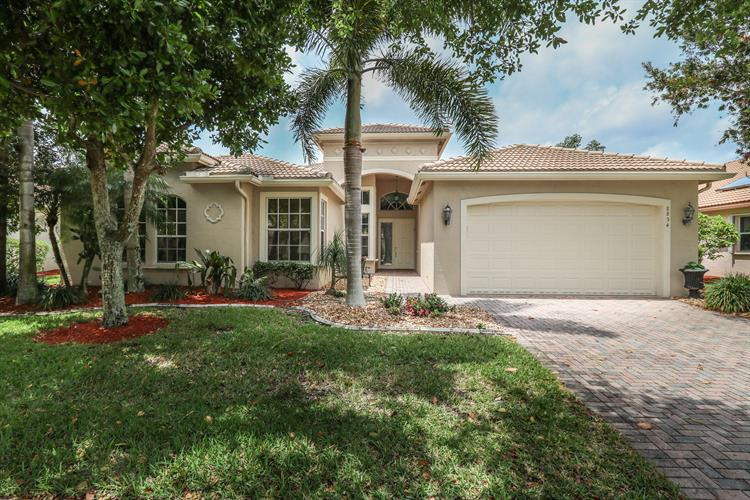 8854 Majorca Bay Drive, Lake Worth, FL 33467