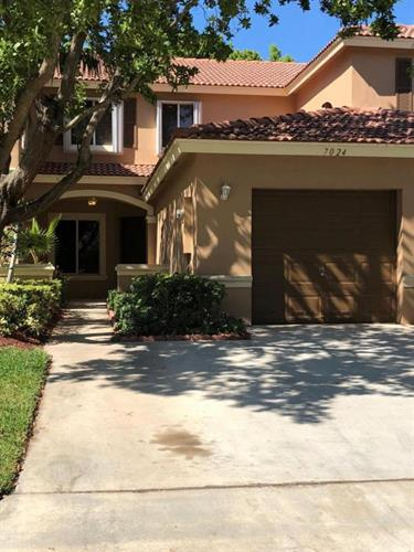 7024 Hawks Nest Terrace, West Palm Beach, FL 33407