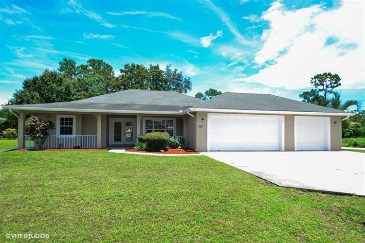 381 SE Greenway Terrace, Port Saint Lucie, FL 34983