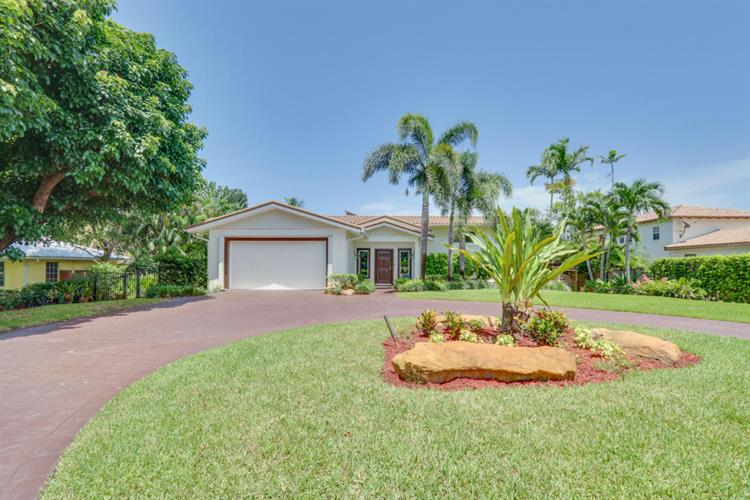 3300 Ridge Lane, Boynton Beach, FL 33435