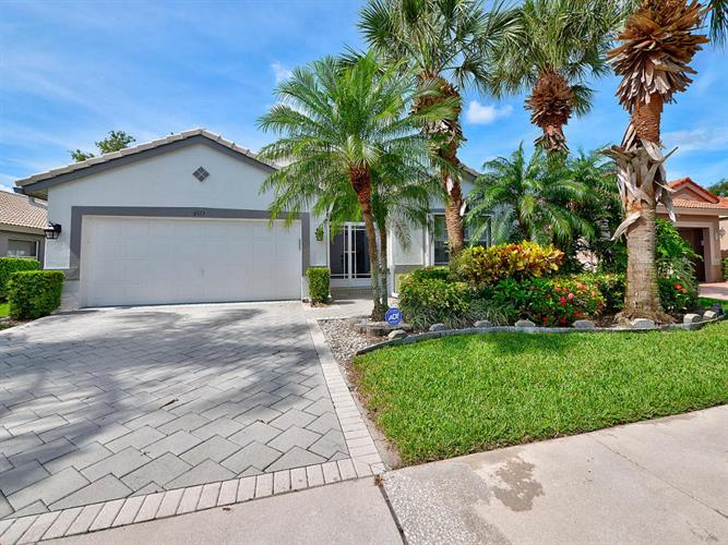 6513 Sun River Road, Boynton Beach, FL 33437