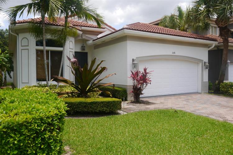 1076 Grove Park Circle, Boynton Beach, FL 33436