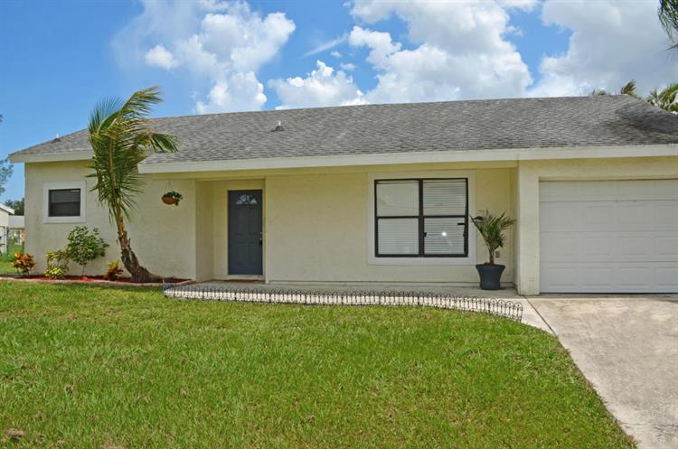350 SW Homeland Road, Port Saint Lucie, FL 34953