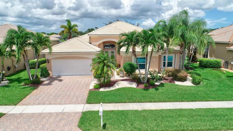 9576 San Vittore Street, Lake Worth, FL 33467
