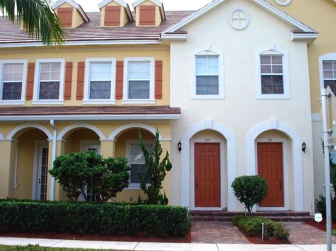 207 Mulligan Place, Jupiter, FL 33458