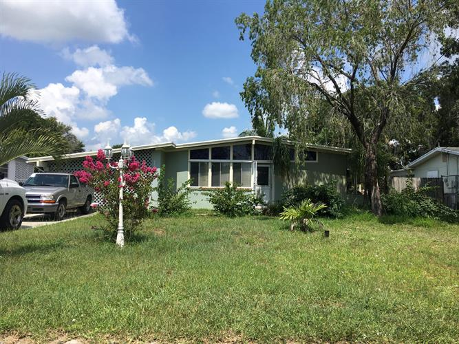 2709 Oleander Boulevard, Fort Pierce, FL 34982