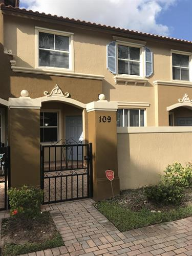 2938 Hope Valley Street, West Palm Beach, FL 33411