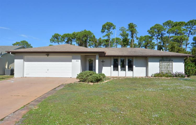 441 SE Guava Terrace, Port Saint Lucie, FL 34983