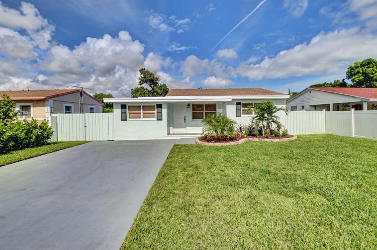 251 NE 13th Street, Delray Beach, FL 33444