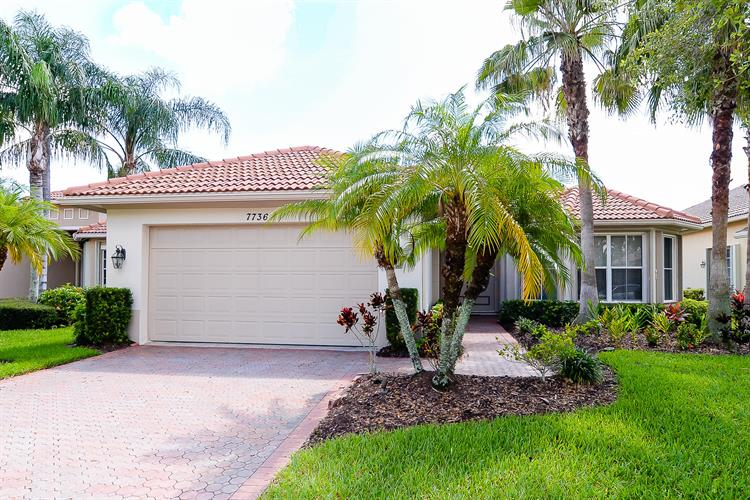 7736 Greenbrier Circle, Port Saint Lucie, FL 34986