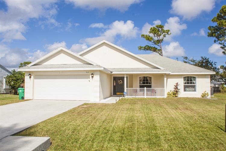 517 NW Sherbrooke Avenue, Port Saint Lucie, FL 34983 - Image 1