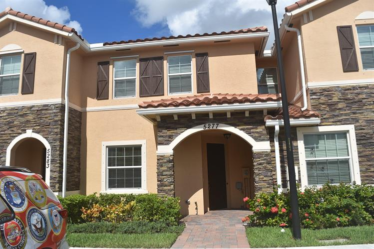 5277 Ashley River Road, West Palm Beach, FL 33417 - Image 1