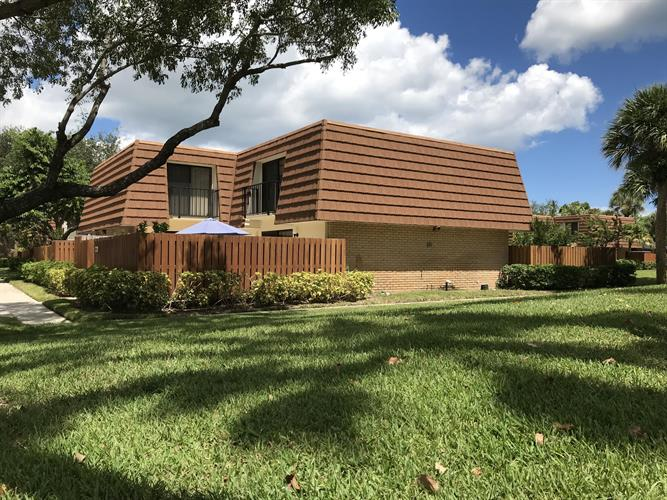 2536 25th Court, Jupiter, FL 33477 - Image 1